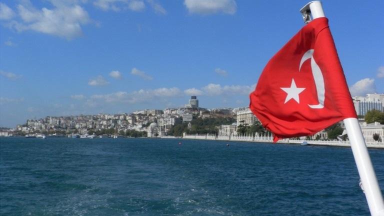 Riparte la nave Oruc Reis: nuove tensioni tra Grecia e Turchia